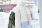 Towels with jacquard border trim