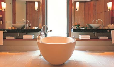 Castello Luxury Baths